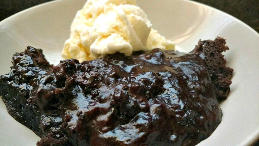 crock-pot lava cake