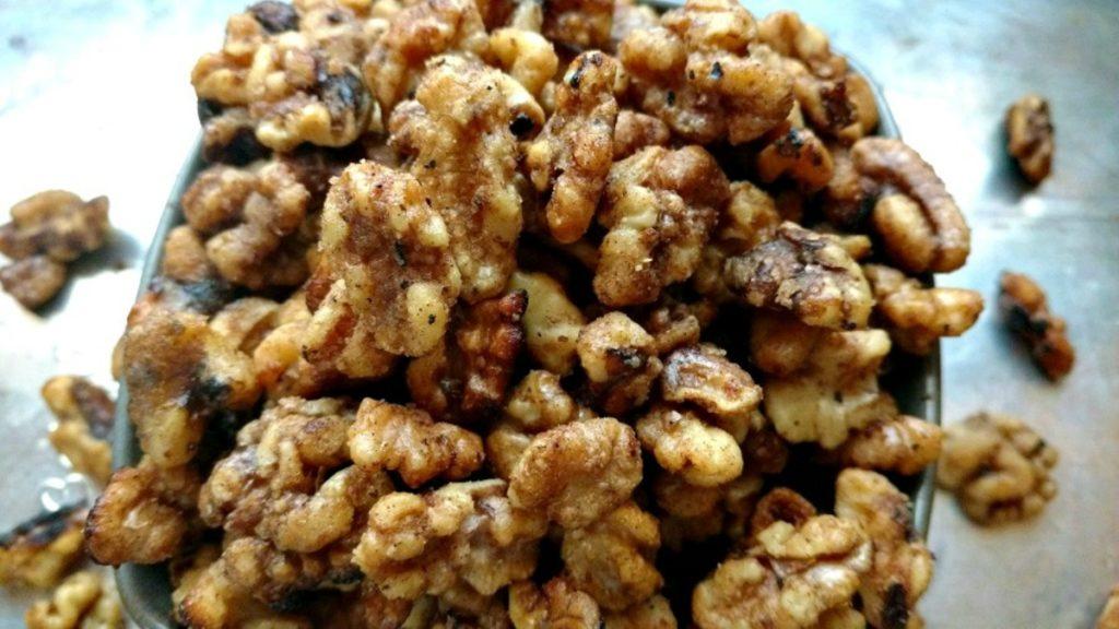 crock-pot sugar coated walnuts