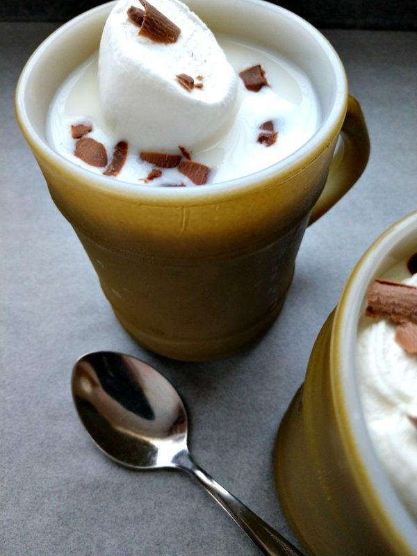 crock-pot white hot chocolate