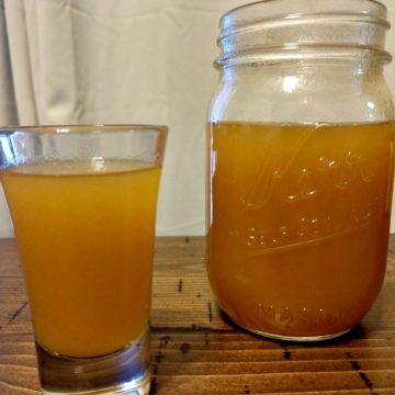 Crock-Pot Apricot Moonshine