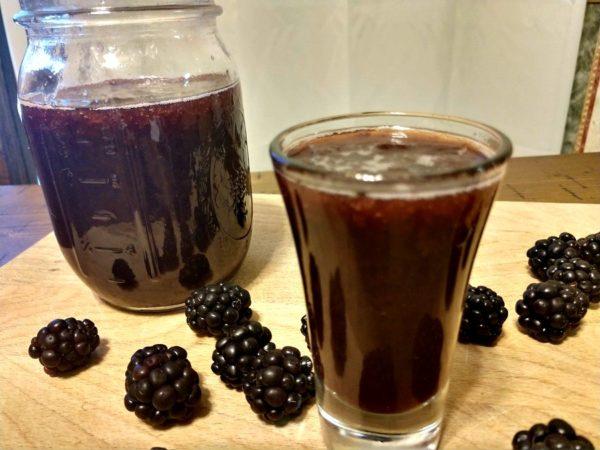 Crock-Pot Black Raspberry Moonshine